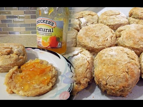 Recipe for Fluffy Southern-Style Buttermilk Biscuits by The Deglutenizer
